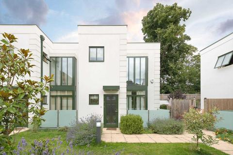 4 bedroom semi-detached house for sale - Abbey Mansions Mews SE24