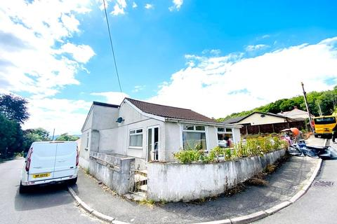 2 bedroom detached bungalow for sale - Waungron, Glynneath, Neath, Neath Port Talbot. SA11 5AS