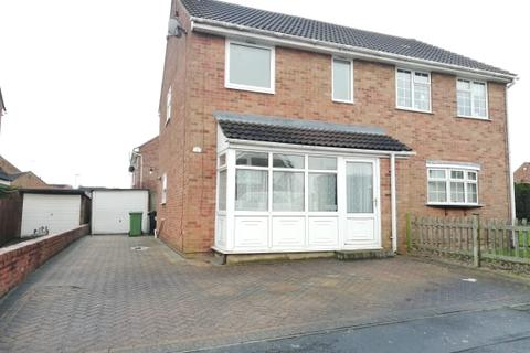 3 bedroom semi-detached house to rent - Third Avenue, , Grantham, NG31 9TR
