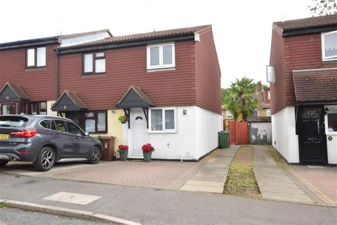 2 bedroom end of terrace house for sale - Mapleton Road, Chingford