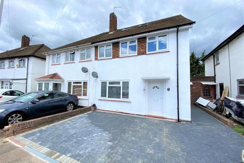 4 bedroom semi-detached house to rent - Regents Avenue, Hillingdon, Midddlesex, UB10 9AL