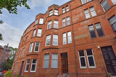 2 bedroom flat for sale - 2/2 11 Bellwood Street, Shawlands