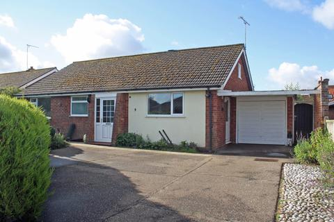 3 bedroom detached bungalow for sale - Pereers Close, Holt NR25
