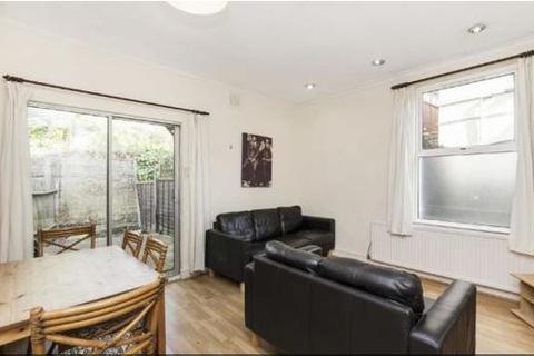 3 bedroom flat to rent - Oakmead Road, Balham