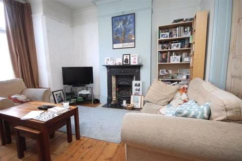 3 bedroom house for sale - Park Road, London