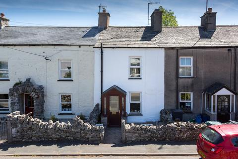 2 bedroom terraced house - North Road, Holme, Carnforth, Cumbria