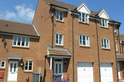 3 bedroom townhouse to rent - WALKER CHASE, KESGRAVE