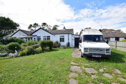 2 bedroom semi-detached bungalow for sale - Warden Road, Eastchurch, Sheerness, Kent