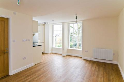 Studio to rent - Walcot Street