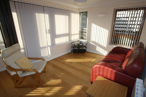 1 bedroom flat to rent - Meridian Place, Marsh Wall, London, E14 9FF