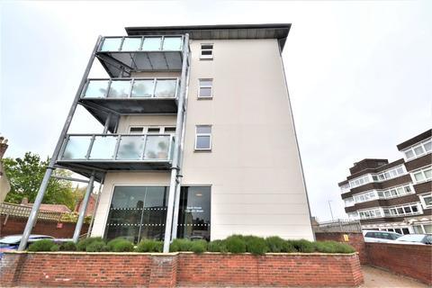 2 bedroom flat to rent - Austin Street