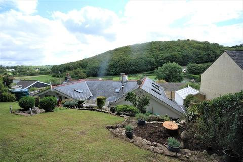 4 bedroom detached house - Graig Penllyn, Cowbridge, Vale of Glamorgan, CF71 7RT