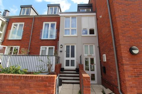 4 bedroom terraced house to rent - Crown Place, Woodbridge
