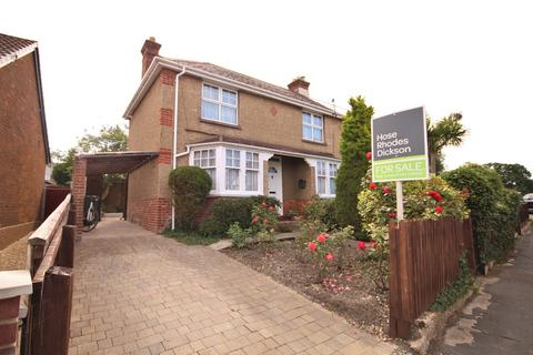 3 bedroom semi-detached house for sale - Adelaide Grove, East Cowes