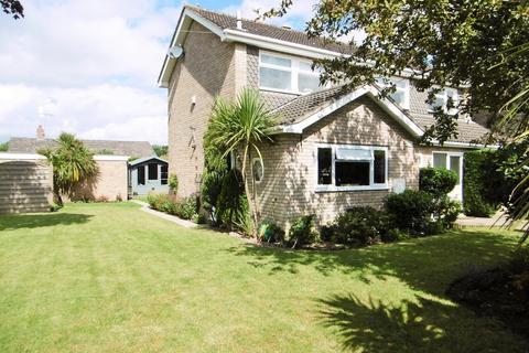 4 bedroom detached house for sale - Neale Close, Aylsham