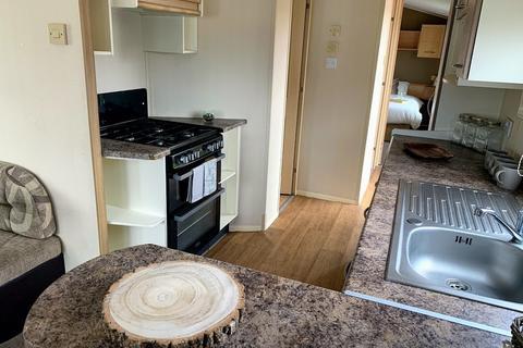 2 bedroom mobile home for sale - Mill Road, Burgh Castle
