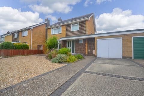 3 bedroom detached house for sale - Walls Road, Bembridge