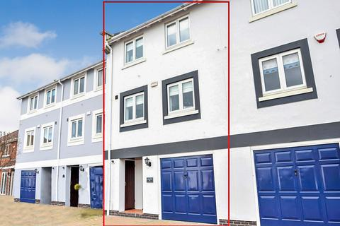 4 bedroom townhouse for sale - Gwynt Y Mor, Conwy