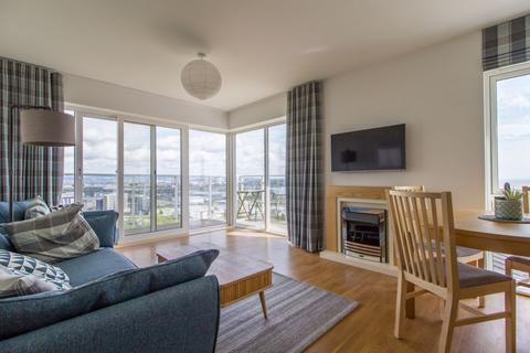 2 bedroom apartment - The Pinnacle, Penarth Heights, Penarth