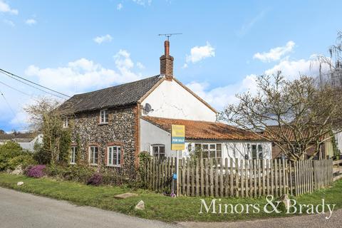 4 bedroom cottage for sale - Mill Street, Bradenham
