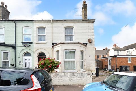 2 bedroom flat for sale - Albany Road, Great Yarmouth