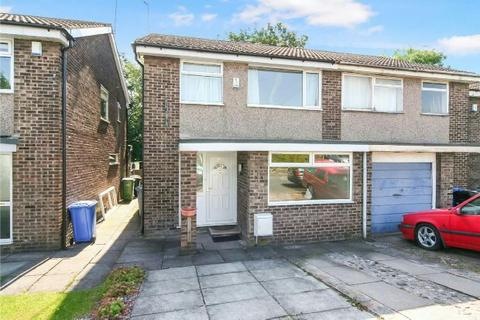 3 bedroom semi-detached house to rent - Prestbury Avenue, Altrincham