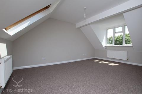 2 bedroom flat to rent - Thompson Road, Brighton
