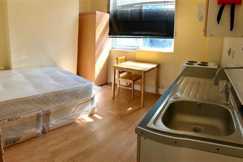 1 bedroom flat to rent - homerton high street, hackney, hackney