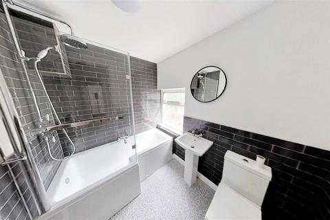 2 bedroom house to rent - Queens Road, Leicester