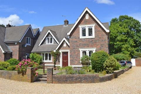4 bedroom detached house for sale - Silverwood Close, Wimborne, Dorset