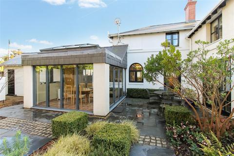 4 bedroom semi-detached house for sale - Bafford Lane, Charlton Kings, Cheltenham