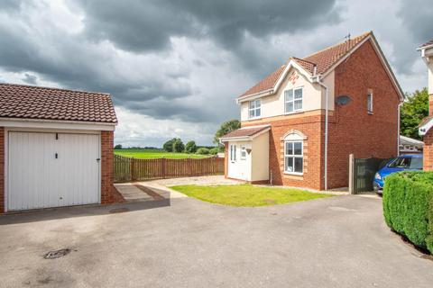 3 bedroom detached house for sale - The Meadows, Riccall, York