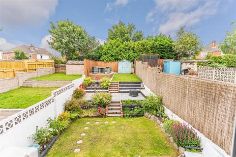 3 bedroom semi-detached house for sale - Wroxham Road, Poole