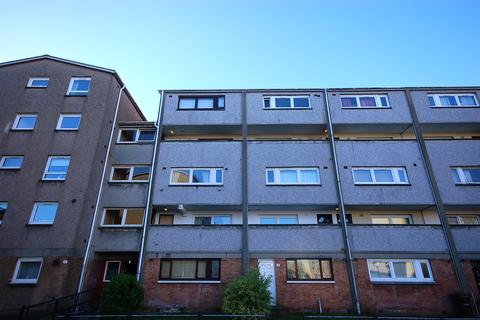 4 bedroom flat to rent - Northfield Grove Edinburgh EH8 7RN United Kingdom