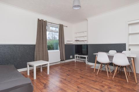 3 bedroom flat to rent - Broomhouse Street South Edinburgh EH11 3TN United Kingdom