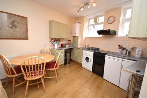 2 bedroom flat to rent - Atholl Crescent Lane Edinburgh EH3 8ET United Kingdom
