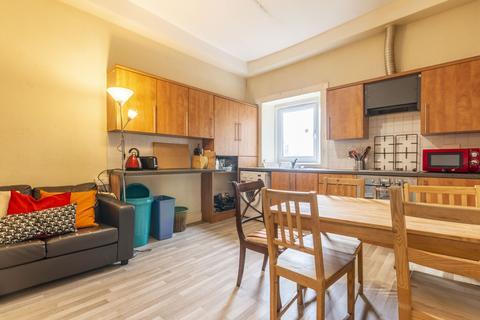 5 bedroom flat to rent - West Newington Place Edinburgh EH9 1QT United Kingdom