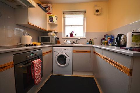 2 bedroom flat to rent - St Leonards Lane Edinburgh EH8 9SD United Kingdom