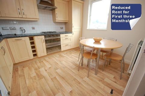 3 bedroom flat to rent - Old Tolbooth Wynd Edinburgh EH8 8EQ United Kingdom