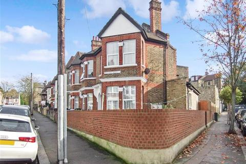 1 bedroom flat for sale - Moyers Road, Leyton, E10