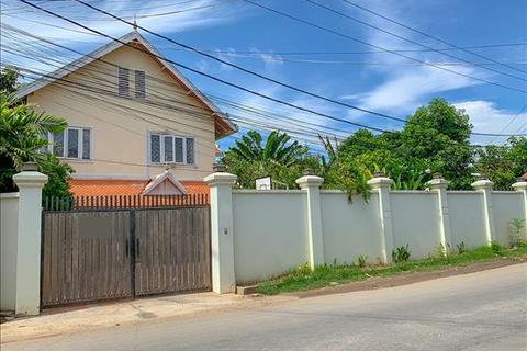4 bedroom villa - Sangkat Kampong Samnanh, Kandal Province, KHSV34