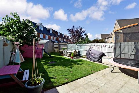 3 bedroom semi-detached house for sale - Horwood Way, Maidstone, Kent