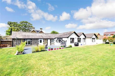 4 bedroom detached bungalow for sale - George Hill Road, Broadstairs, Kent