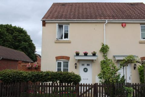 2 bedroom semi-detached house for sale - Military Drive Thatcham