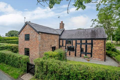 4 bedroom detached house for sale - Halghton Lane, Halghton, Bangor-On-Dee, Wrexham