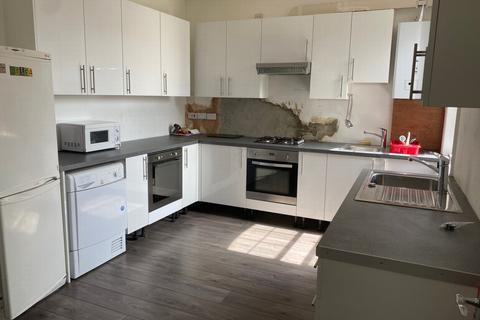 6 bedroom flat to rent - Kilburn High Road, Kilburn, NW6