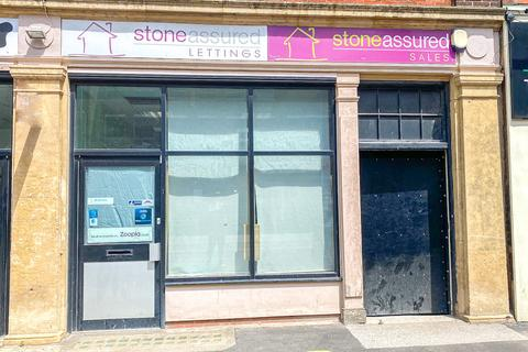 Shop to rent - Young Street, Doncaster, South Yorkshire, DN1