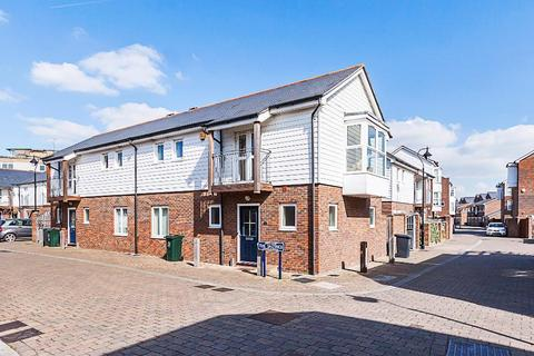 3 bedroom terraced house to rent - The Saltings, Ingress Park, Greenhithe DA9 9FD