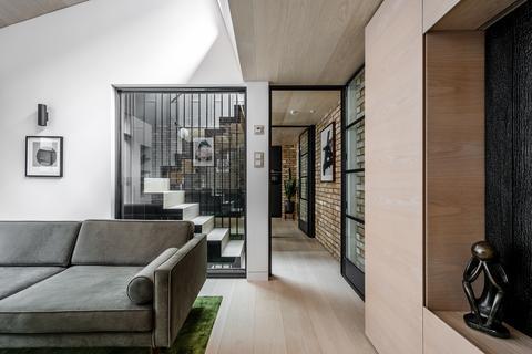 3 bedroom house for sale - Voss Street, London, E2