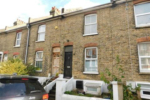 3 bedroom terraced house to rent - May Road, Rochester, ME1